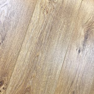 oak laminate wooden floor